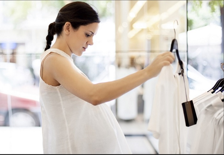 The Top 5 Must-Have Items of Clothing in Pregnancy and Beyond